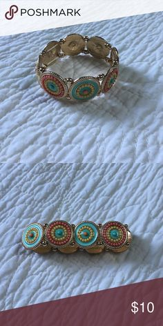 Fun bracelet Perfect condition! Worn once Francesca's Collections Jewelry Bracelets
