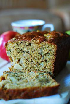 Pumpkin banana bread with apples by JuliasAlbum.com, via Flickr