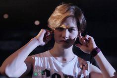 [HD|1280p|FanPhoto] #CNBLUE JONGHYUN- CNBLUE Can't Stop in SG cr. @.shruti0926