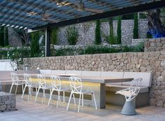 Vacation Residence in Corfu that comprises of three wings and two rough stone buildings, in the style of traditional architecture. Concrete Furniture, Urban Furniture, Outdoor Furniture Sets, Furniture Design, Outdoor Spaces, Outdoor Living, Outdoor Decor, Outdoor Ideas, Villas In Corfu