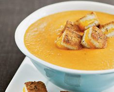 """Roasted Tomato Soup with Grilled Cheese """"croutons"""""""