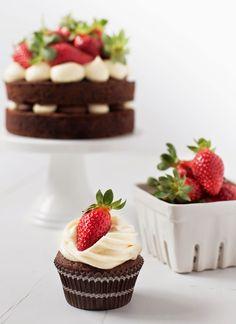 ...velvet cupcakes & mini layer cake with mascarpone frosting....