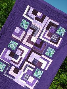 Merry Made Quilts: ahhhh purple quilt