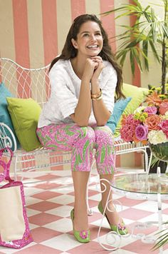 Lilly vibrant print pants in green and pink - <3 for spring and summer fashion!