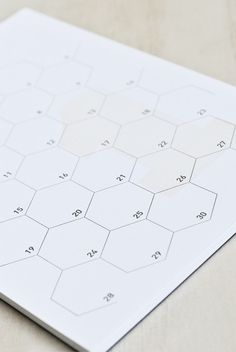 Buy Le Typographe - Calendar Notepad - Monthly Perpetual - Large (16x22cm) - Honeycomb - NoteMaker Stationery