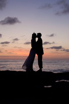Win a $900 engagement photography package! Contest ends 3/17 great idea for Stacey and Tyler's wedding