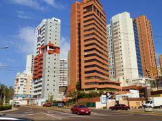 Apartamento en venta en la lAvenida El MIlagro. Maracaibo, Estado Zulia.