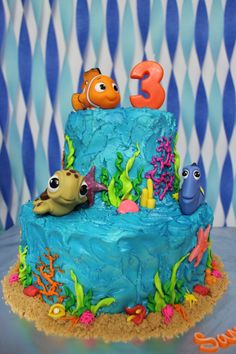 Finding Nemo theme birthday cake