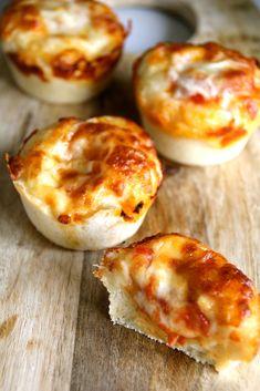 Mat På Bordet | En matblogg med oppskrifter fra morgen til kveld | Mini deep pan pizzaer