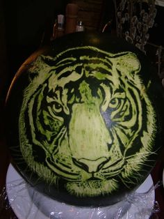 Amazing carved tiger!!! From www.fruitcarving.sk www.fruitcarving.hu www.fruitcarving.gr Kurzy Fruit Carving: CZECH CARVING STUDIO s.r.o.tel.: +420 777 024 048info@carving-studio.eu