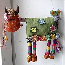Some Tips, Tricks, And Techniques For The Perfect fabric dolls Sewing Toys, Sewing Crafts, Sewing Projects, Monster Dolls, Felt Crafts, Fabric Crafts, Easy Crafts, Fabric Animals, Sock Animals