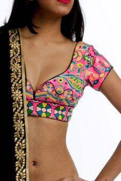 6Y Collective - embroidered sari blouse Shweta <3