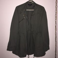 Utility jacket Olive utility jacket. Great with striped tops. Never worn. Just tried on. Looks great also when cuffed Forever 21 Jackets & Coats Utility Jackets