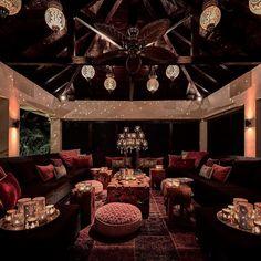 #interior #interiordesign #instaliving #erickuster #metropolitan #luxury #ekml #luxuryliving #serenquito #arabic #moroccan #atmosphere #mauritius #outdoorliving #sexy by erickuster