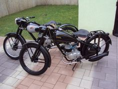 Cars And Motorcycles, Vintage Cars, Bike, Vehicles, Eastern Europe, Electric, Polish, Lifestyle, Classic
