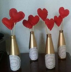 Valentines Day Gifts For Him Marriage, Valentines Gifts For Boyfriend, Boyfriend Gifts, Valentine Gifts, Love Decorations, Valentine Decorations, Decor Ideas, Bottle Painting, Bottle Art
