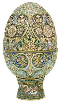 RUSSIAN SILVER ENAMEL EGG http://www.eliteauction.com/catalogues/120614/images/108a_1.jpg