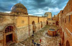 History-of-Mardin-Turkey World's Most Beautiful, Beautiful Places To Visit, Cool Places To Visit, Turkey History, Visit Turkey, Turkey Photos, Ulsan, Sustainable Tourism, Grand Mosque