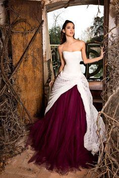 Jordi Dalmau 2015 Wedding Dresses - World of Bridal Scottish Wedding Dresses, Stunning Wedding Dresses, 2015 Wedding Dresses, Designer Wedding Dresses, Beautiful Dresses, Wedding Gowns, Black Red Wedding, Bridal Collection, Bridal Style