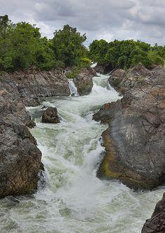 Li Phi Waterfall - Don Khong Island, Laos <3 http://viaggi.asiatica.com/