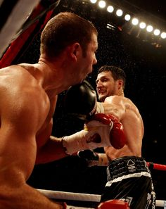 Carl Froch wins the IBF Super-Middleweight title from Lucian Bute in 2012.