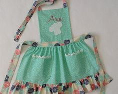 Toddler / Children Apron Personalized Handmade Denim and Accent Fabric of Choice Embroidery Applique With Ruffles Pockets and Rickrack Childrens Apron Pattern, Childrens Aprons, Sewing Aprons, Sewing Clothes, Personalized Aprons, Bib Apron, Free Sewing, Clothing Patterns, Baby Knitting