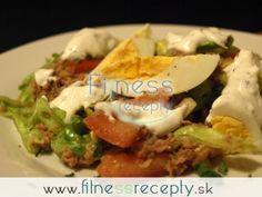 Tuniakový šalát s bylinkovým dressingom
