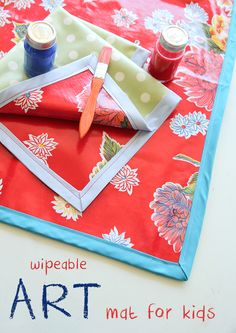DIY Wipeable Art Mat Tutorial on iheartnaptime.com
