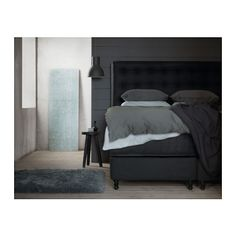 Comfort rules here: you'll sleep as if you were on a cloud in the VALLAVIK divan bed.