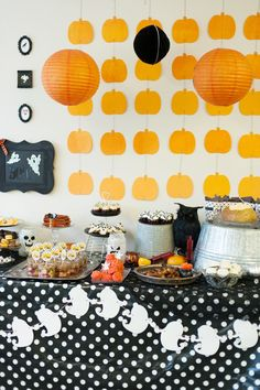 Pin for Later: Sons of Anarchy Gets a Kid-Friendly, Halloween Twist Eat Up Gang! Jessica served chicken wings, spinach dip, and an assortment of sweets.