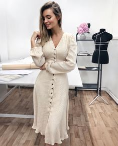 50 All Mine Maxi Dress Fashion Place 50 All Mine Maxi Dress Fashion Place Modest Dresses, Modest Outfits, Classy Outfits, Modest Fashion, Cute Dresses, Vintage Dresses, Beautiful Dresses, Dress Outfits, Casual Dresses