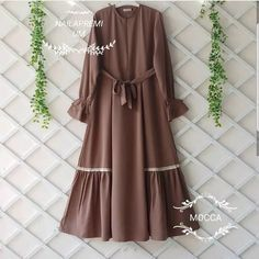 Abaya Fashion, Muslim Fashion, Modest Fashion, Fashion Dresses, Modest Dresses, Girls Dresses, Hijab Style Dress, Mode Abaya, Muslim Dress
