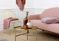 Living room space must be practical and harmonious. See this living room decor ideas and get inspired! Decor, Furniture, Interior, Living Room Spaces, Pink Decor, Home Decor, Room Inspiration, Living Room Inspiration, Closet Colors