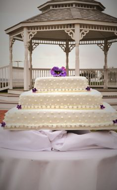 Beaufort Weddings White Detailed Wedding Cake From A Held At Traditions On Mcrd Parris Island In Sc