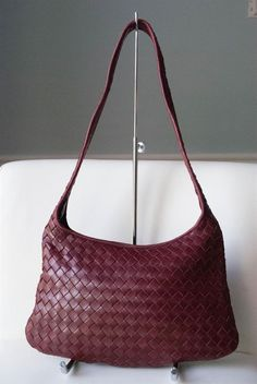 Bottega Venetta Red/Wine Intrecciato Woven Leather Handbag #BottegaVenetta #ShoulderBag