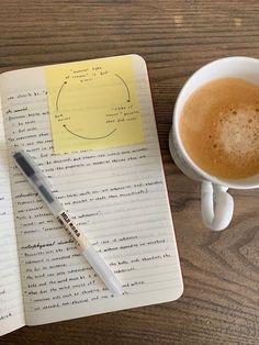 Uni Life, College Life, College Aesthetic, Study Board, Study Organization, La Formation, Pretty Notes, School Study Tips, School Notes