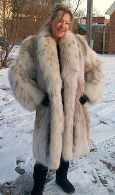 Lynx, Girly Outfits, Chic Outfits, Long Fur Coat, Fabulous Fox, Fox Coat, Sheepskin Coat, Chic Clothing, Fur Fashion