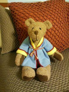 Knitted Bear in Bathrobe (alan dart pattern)