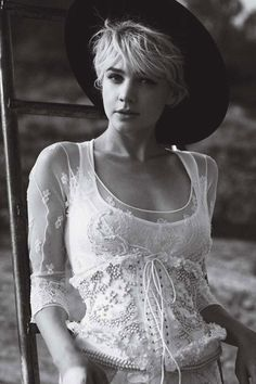 My Favorite Actress!! Carey Mulligan for Vogue October 2010 by Peter Lindbergh