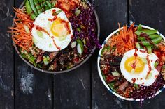 Featuring spicy Korean-style marinated steak and a kimchi relish, this quick and healthy dinner menu is more than just your average grain bowl. Asian Recipes, Beef Recipes, Cooking Recipes, Ethnic Recipes, Cooking Tips, Healthy Recipes, Alkaline Recipes, Healthy Lunches, Skinny Recipes