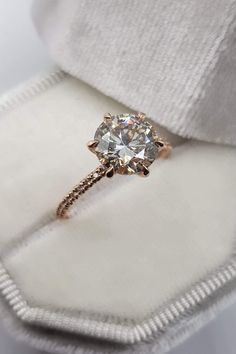 Looking to gift something special to your loved ones💍💕? We are here to offer you our Diamond jewelry collection, we have everything Ranging from handcrafted Diamond ring to High-quality Moissanite wedding sets. Select from our exclusive ring collections and gift unique rings to the one you love #Diamondring #Engagementring #beautifuldiamondring #uniquediamondring #bridalset #diamondringforwomen #ringformen #ringdesigns #diamondweddingbands #twistedroundring #handcraftedrings #Moissaniterings Engagement Ring Tiffany, Dream Engagement Rings, Morganite Engagement, Halo Diamond Engagement Ring, Engagement Ring Settings, Vintage Engagement Rings, Cartier Engagement Rings, Simple Elegant Engagement Rings, Different Engagement Rings