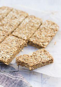 Little Green Spoon - Porridge Bars Krispie Treats, Rice Krispies, Jus D'orange, Spoon, Bar, Healthy Snacks, Healthy Eating, Green, Healthy Snack Foods
