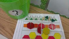 Math center freebie: patterns!
