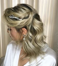Flipped Out Straight Hair - 30 Best Hairstyles for Long Straight Hair 2019 - The Trending Hairstyle Hairdos For Short Hair, Haircuts For Long Hair, Fancy Hairstyles, Braids For Long Hair, Hairstyles Haircuts, Straight Hairstyles, Medium Hair Styles, Short Hair Styles, Face Shape Hairstyles
