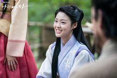 Kim Seol Hyun, Seolhyun, New Age, Korean Beauty, Korean Dramas, Hanfu, Lotr, Country, Asia
