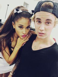 Ariana Grande & Justin Bieber backstage at the Honeymoon Tour