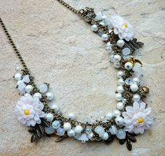 White Floral Statement Necklace £40.00 on @Etsy Vintage style wedding jewelry ;0)