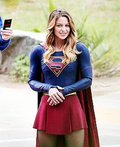 Melissa Benoist on the set of Supergirl, 28th October 2015 x                                                                                                                                                                                 More