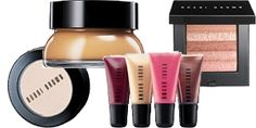 An Q & A with Makeup Artist Bobbi Brown. Flawless Makeup, Beauty Makeup, Diy Makeup Vanity, Mac Eyeshadow, Make Up Collection, Makeup Organization, Beauty Hacks, Beauty Tips, Bobbi Brown