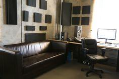Seating in edit suite? Office Setup, Ikea Office, Office Ideas, Tech Room, Editing Suite, Interior Architecture, Interior Design, Studio Setup, Home Upgrades